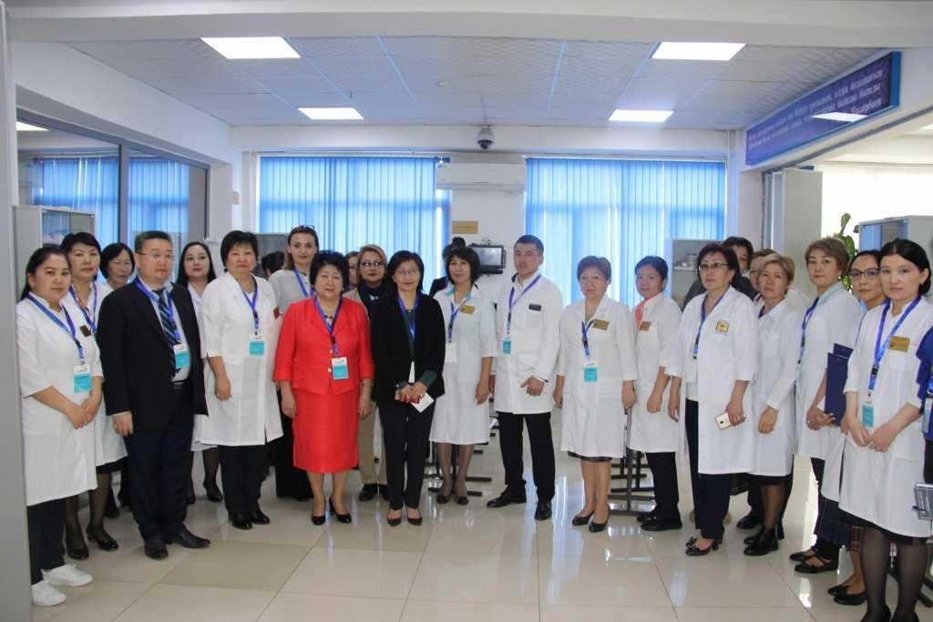 """IMG 5023 копия 1024x683 - Республиканский высший медицинский колледж является инициатором проведения регионального чемпионата """"WorldSkills Almaty 2019""""по компетенции «Медицинский и социальный уход»"""
