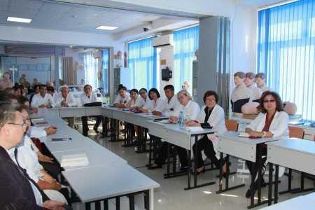 IMG 9132 450x300 - Прибыла госпожа Стана Групп из Германии для проведения мастер-классов по повышению квалификации наших преподавателей
