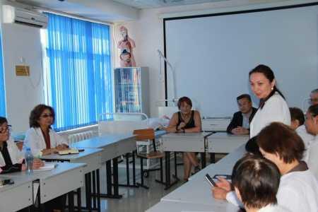 IMG 9141 450x300 - Прибыла госпожа Стана Групп из Германии для проведения мастер-классов по повышению квалификации наших преподавателей