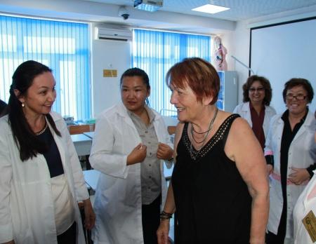 IMG 9143 450x348 - Прибыла госпожа Стана Групп из Германии для проведения мастер-классов по повышению квалификации наших преподавателей