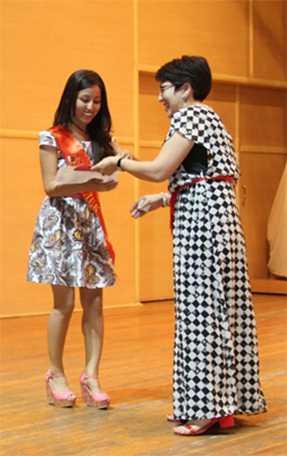 diplom10 - Колледж түлектеріне орта кәсіби білім жөніндегі диплом табысталды