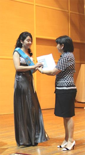 diplom7 - Колледж түлектеріне орта кәсіби білім жөніндегі диплом табысталды